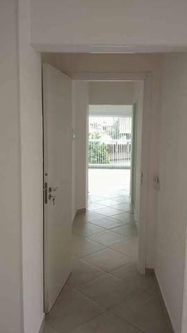 Vende-se Apartamento no Centro de Navegantes SC - Foto 3