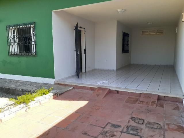 Alugo casa em cond fechado no araçagy por r$ 2300 cond incluso - Foto 20