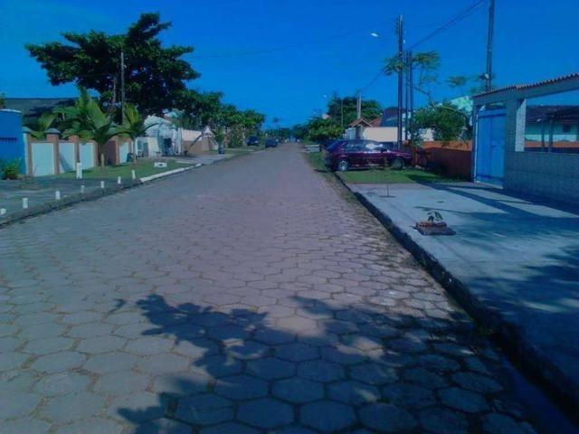 Alugo Casa Balneário Praia de Leste, há 450 metros da praia, - Foto 2