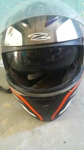 Dois capacete e um par de retrovisor - Foto 8