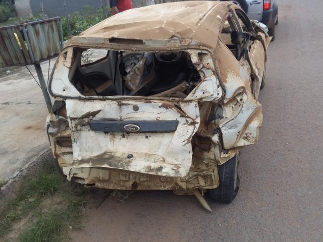 Ford Ka sucata baixada no detran - Foto 8