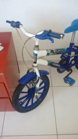 Bicicleta infantil dos Vingadores