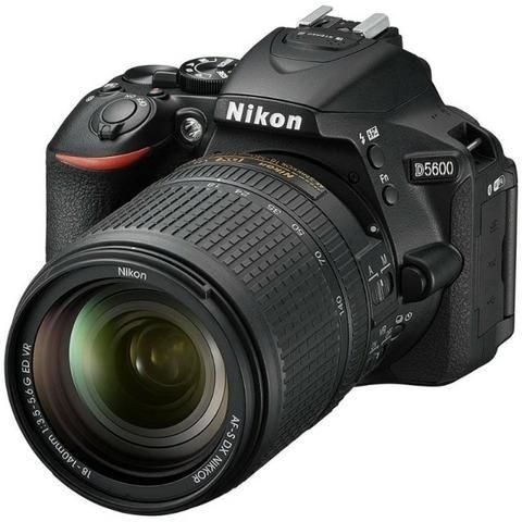 Câmera Digital Nikon D5600 Kit 18-140 VR 24.2MP gps/Bluetooth/NFC/Wi-Fi - Preto - Foto 2