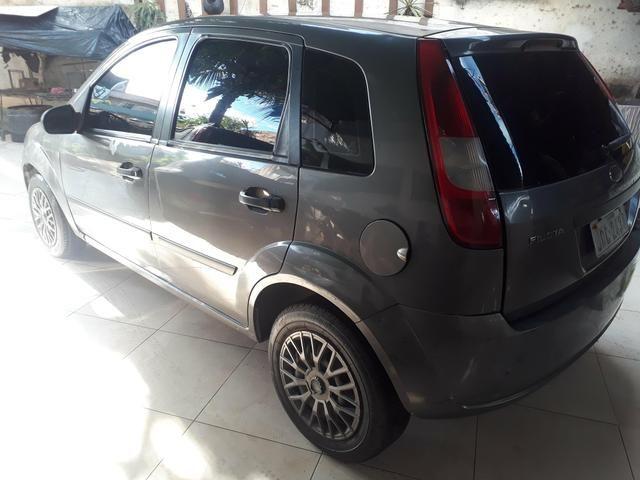 Fiesta 2003 com arcondicionado vendo ou troco