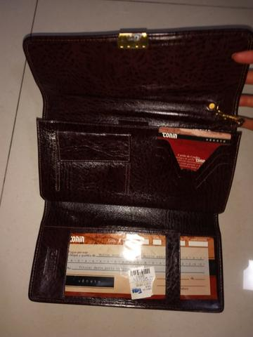 4dd4351db Carteira Masculina de Couro Marrom, tipo bolsa, seminova - marca Tonin