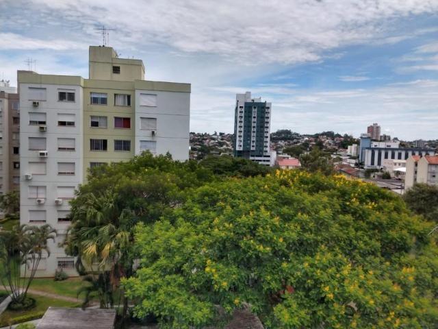 Apartamento de frente, 3 dormitórios, com água quente, localização privilegiada, oportunid