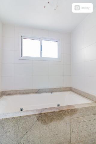 Apartamento com 200m² e 3 quartos - Foto 15