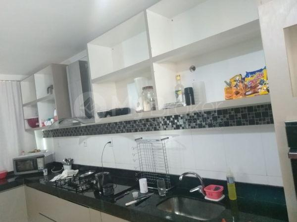Casa sobrado com 5 quartos na Vila Santa Helena em Goiânia - Foto 18