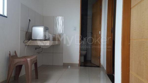 Casa sobrado com 5 quartos na Vila Santa Helena em Goiânia - Foto 11