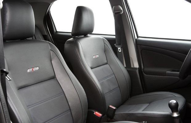 Aproveite esse Lindo Etios Platinum Sedan 1.5 Flex 2014-2015, o mais Completo da categoria - Foto 10