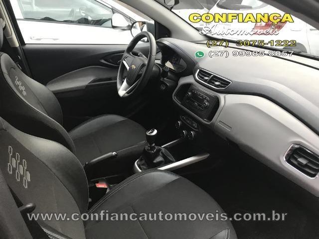 GM / Onix Hatch LT 1.0 8V - Foto 9