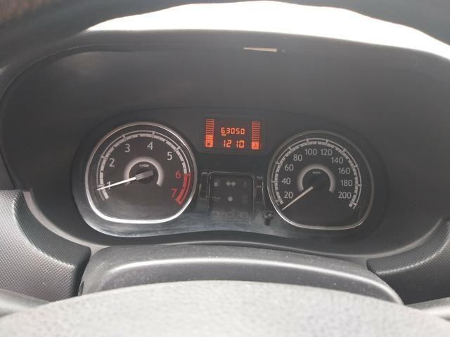 Renault Sandero expression 1.0 completo 2014 troco por moto - Foto 6
