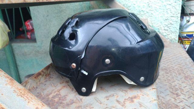 Kit de proteção completo + BÔNUS patins usado. - Foto 3