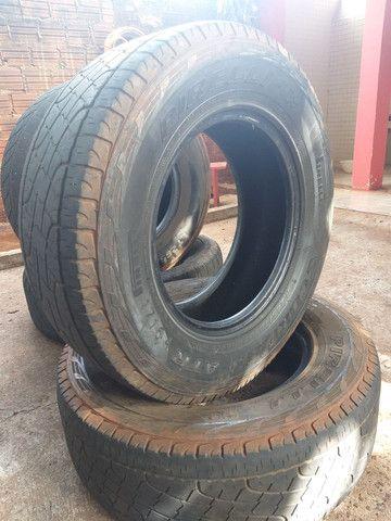 Vendo 2 pneu scorpion pirelli 245.70.16 - Foto 4