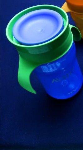 copos usados avent de transição/ menina e menino ler descrição - Foto 4