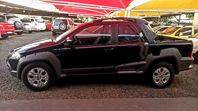 Fiat strada dupla 1.8 adv.conservada - Foto 4