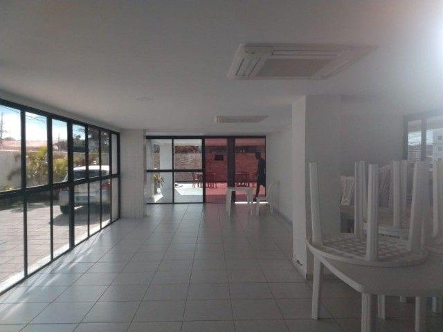 Apartamento no Bancários 02 quartos com elevador e piscina - Foto 7