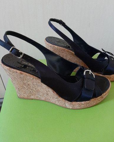 Sandália anabela em cortiça - Foto 3