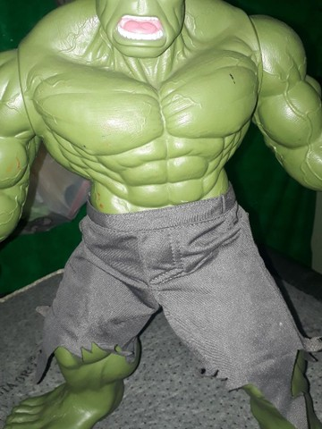 Boneco Hulk Verde versão 1945 Premium Gigante  - Foto 6