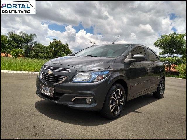Chevrolet Onix Hatch LT - 2016 - Cinza, 1.4 Flex, Único Dono, Baixíssimo Km !! - Foto 7