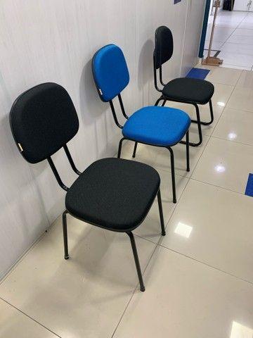 Cadeiras fixas escritório