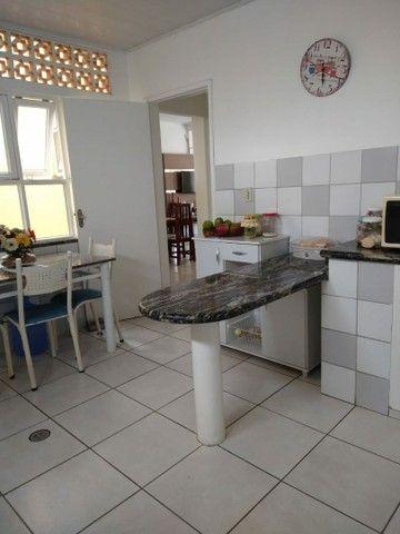 Vendo apartamento amplo escriturado - Foto 6