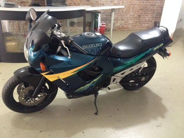 Moto Suzuki  - Foto 5