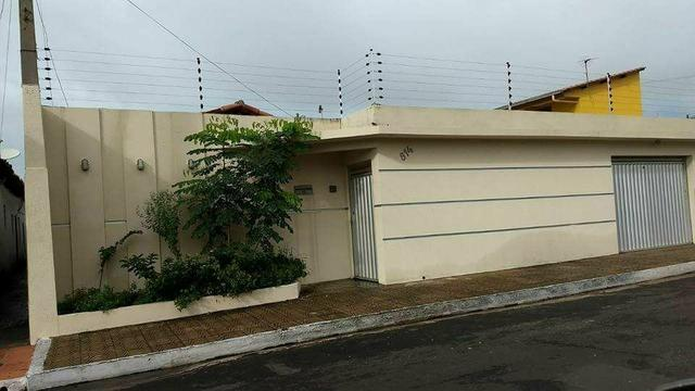 Casa no centro próximo à prefeitura