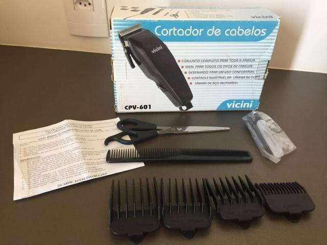 Máquina de cortar cabelo Vicini, kit completo / Atenção: 110 volts.