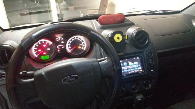 Fiesta sedan, completo sem detalhes pra fazer é pegar e rodar - Foto 6