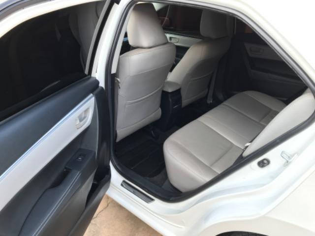 Corolla XEI 2015 branco perolizado. Carro extra com 65 mil km! - Foto 2
