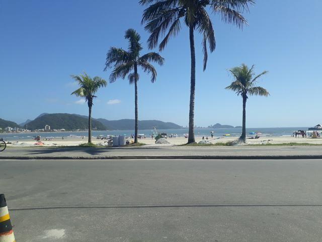 Sobrado na praia central de Guaratuba 100 metros da praia - Foto 13