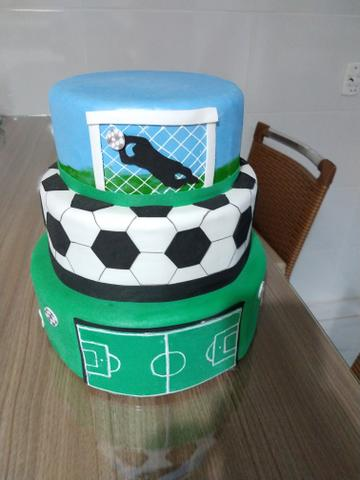 Vendo bolo fake tema futebol - Artigos infantis - Potirendaba 4ab0ec1bbaab9