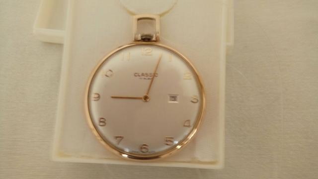 Relógio Classic Suiço Folhado a Ouro 24K