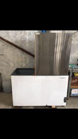 Máquina de gelo filtrado