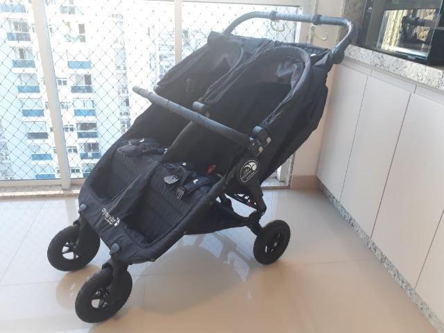 Carrinho de bebê gêmeos duplo City Mini GT Baby Jogger