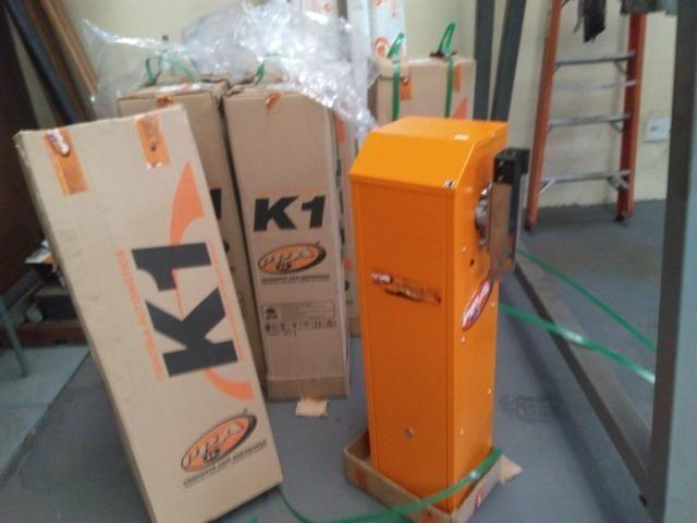 Cancela Automática K1 c/ gabinete de aço galvanizado