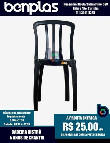 Cadeira Plástica Goyana - 5 anos de garantia, 182 kgs