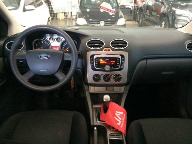 Ford Focus HB 2.0 - Foto 5