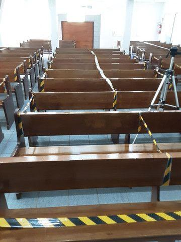 Bancos de madeira para igreja  - Foto 4
