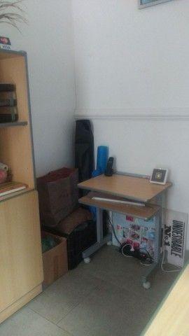 Mesa com gaveta - Móveis de Escritório - Foto 5