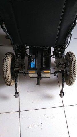 vendo Cadeira elétrica ou automática pra adulto como era mais conhecida   - Foto 2