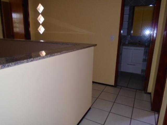 R.O Linda casa 3 dorm, churrasqueira e vagas na garagem - Foto 12