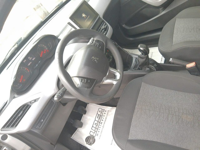 ?Peugeot 208 Active 2018 Manual Completo - Foto 9
