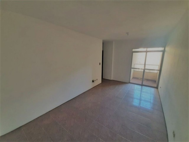 LOCAÇÃO   Apartamento, com 3 quartos em ZONA 07, MARINGA - Foto 9