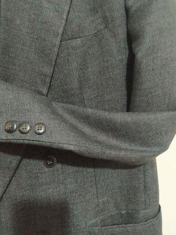 Vendo terno e gravata super conservados. - Foto 2