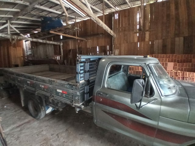 Caminhão F4000  - Foto 7