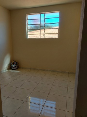 baixei o preço apto no centro de Piracema 70 metros² com 03 quartos garagem coberta - Foto 2