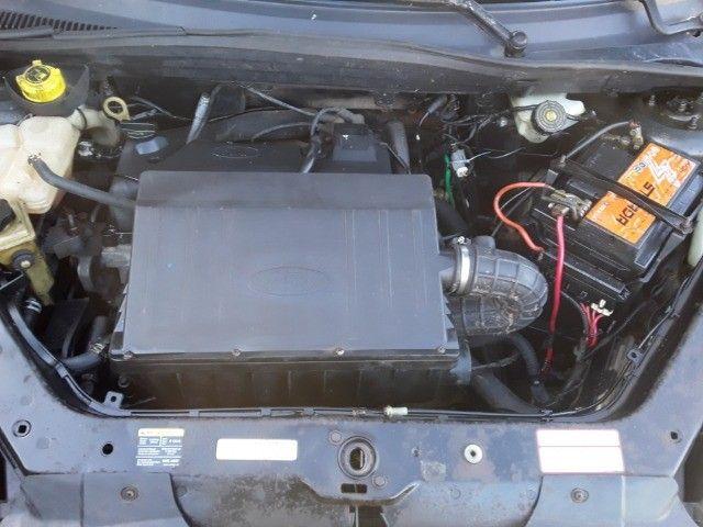Ford Fiesta Sedan - Foto 2