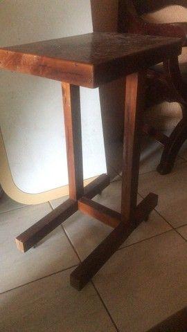 Mesinha de madeira 50,00